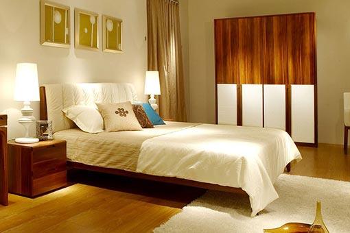 酒店实木家具图片
