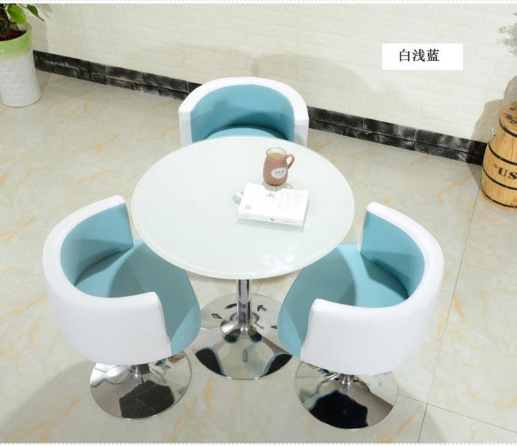 青白色售楼中心桌椅图片