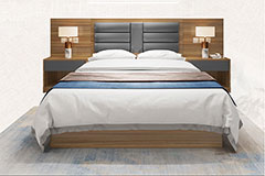 酒店房间床